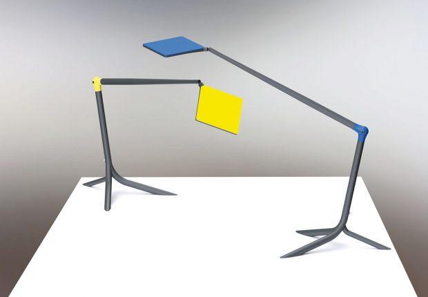 Samostatná stolní lampa stechnologií světelného zdroje OLED je navržena pro rovnoměrně osvětlený pracovní prostor. Lampu, jejíž tvar připomíná kořeny rostlin, je možné volně postavit na stůl, či připevnit kpracovní ploše. Pochází zdílny návrhářky Martiny Doležalové. Foto Halla