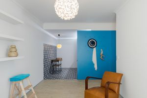 Rekonstrukce po 30. letech přinesla do útlého bytu svěží mořský vánek