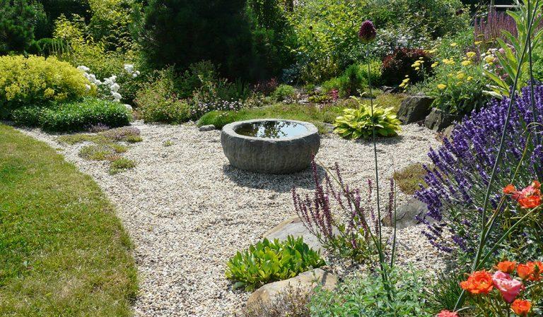 Mulčovací materiály – šikovní pomocníci do zahrady