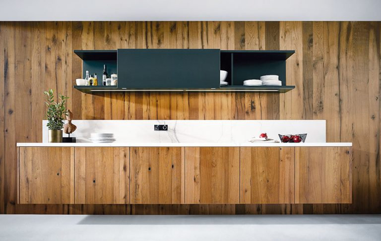 Dřevěné kuchyně jsou kvalitní, odolné a opravdu jedinečné. Inspirujte se!