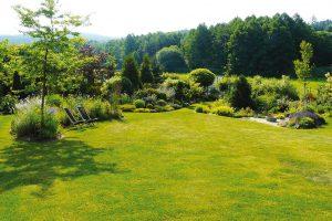 Zahradní architekt bere při projekci vúvahu také napojení zahrady na okolní krajinu. FOTO LUCIE PEUKERTOVÁ
