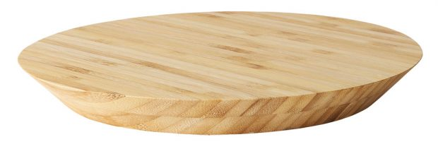 Bambusové prkénko VIKTIGT, 299 Kč, prodává IKEA