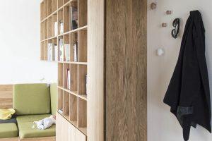 Prosvětlený a otevřený byt, který architektka zařídila pro sebe a svou rodinu