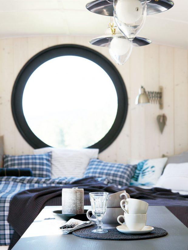 Interiér je laděný v severském stylu v kombinaci s venkovem, rustikálními doplňky, ale i modernou. foto Miramari