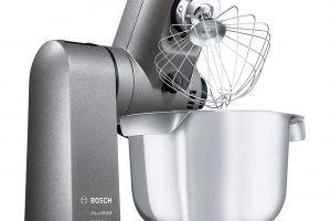 Kuchyňský robot Bosch MUMXL40G, více než 120 možných funkcí díky bohatému příslušenství, mísa o objemu 5,4 l, silikonové míchací metly, šlehací metly, hnětací hák, ThermoSafe skleněný mixér, inteligentní senzor na těsto, 16 290 Kč.