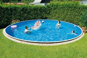 Jednodušší bazény Azuro Vario od Mountfieldu nabízejí příjemné osvěžení za zajímavou cenu. FOTO MOUNTFIELD