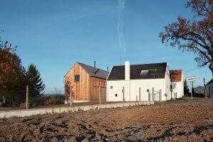 Novostavba, dostavba a rekonstrukce : Ovocný sad, palírna a bydlení na jednom pozemku