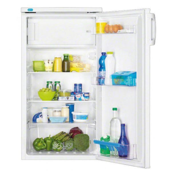 Chladnička Zanussi ZRA17800WA, energetická třída A+, objem lednice 166 l, objem mrazicího oddílu 18 l, víceúčelový skladovací box EasyStore pro uložení drobností, jako jsou bylinky, lesní plody, ořechy, lahůdky či lahvičky s omáčkami, prodává Euronics, 5 316 Kč.
