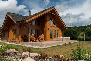 Krásná velká dřevostavba v nízkoenergetickém standardu v Podkrkonoší