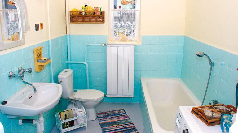 Obnova podlahy, vany a radiátoru