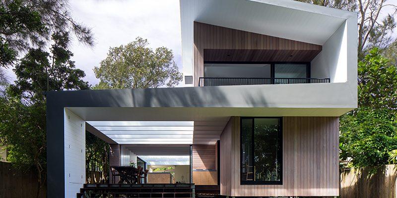 Variabilní letní dům: Skleněné stěny se dají zcela otevřít!