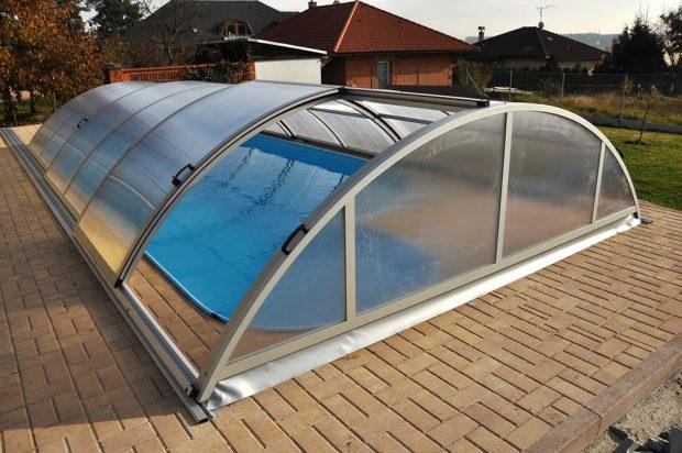 zapuštěný bazén zdroj Rentmil s.r.o.