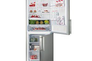 Hotpoint ENBGH 19423 FW, kombinovaná volně stojící chladnička, energetická účinnost A+++, technologie noFrost, výška 195,5 cm, objem 450 l, třízásuvková mraznička, během výpadku proudu udrží potraviny vperfektním stavu až 18 hodin, technologie Active Oxygen, rychlé zchlazení Supercool azmrazení Super Freeze, 21990 Kč.