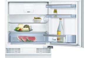 Bosch KUL15A65, vestavný chladicí automat, energetická účinnost A++, systém SoftClose, výška 82 cm, šířka 59,8 cm, hloubka 54,8 cm, mechanické řízení teploty, větrání aodvětrávání vpodstavci, 16 490 Kč.