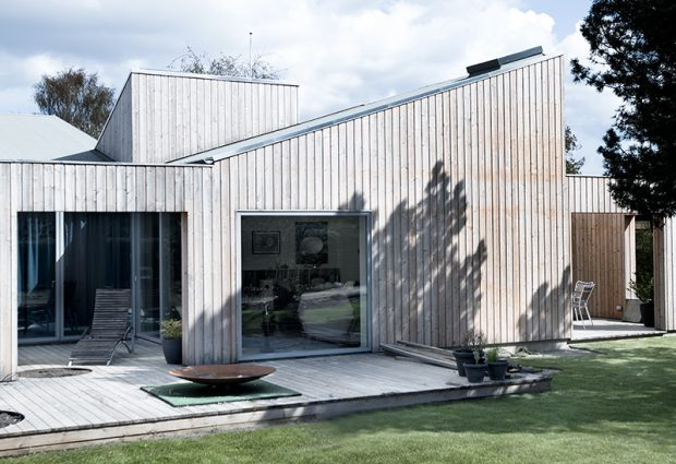 Sigurd-Larsen-Design-Architecture_-The-Roof-House-daylight-wood-facade-Copenhagen-1