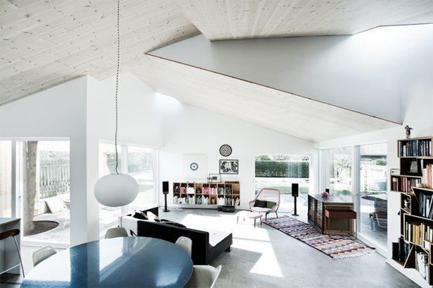 Sigurd-Larsen-Design-Architecture_-The-Roof-House-daylight-wood-facade-Copenhagen-4