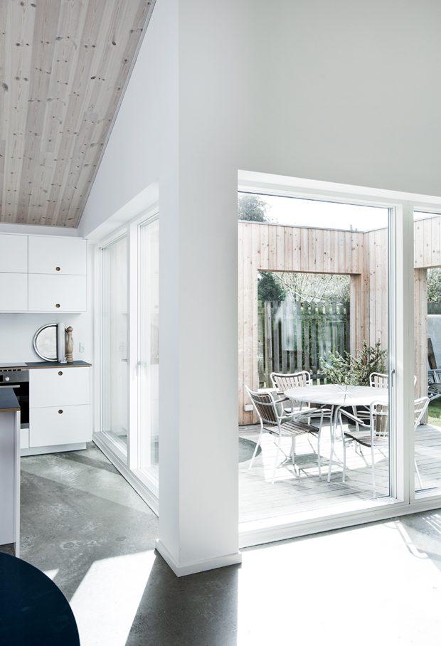Sigurd-Larsen-Design-Architecture_-The-Roof-House-daylight-wood-facade-Copenhagen-9