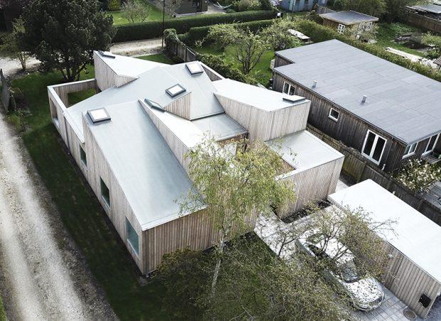 Sigurd-Larsen-Design-Architecture_-The-Roof-House-daylight-wood-facade-Copenhagen-drone-photo-2