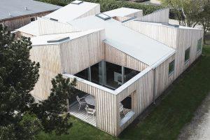 Sigurd-Larsen-Design-Architecture_-The-Roof-House-daylight-wood-facade-Copenhagen-drone-photo-3