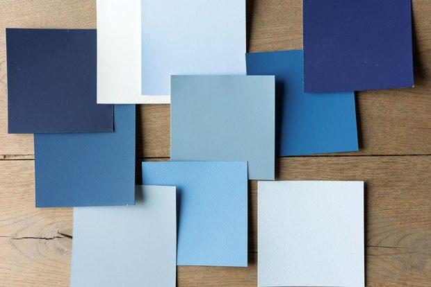 Hlavním tématem při výběru barevné palety pro rok 2017 je rovnováha – vyvážený kontrast mezi tlumenými světlými a výraznějšími odstíny. Určujícím barevným tónem pro letošní rok je popelavě modrá, která je univerzálním základem pro různé barevné styly. FOTO DULUX
