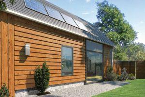 Kromě vhodných nátěrových hmot je dřevo v exteriéru chráněno například také konstrukčními prvky – voda z něj stéká a nezachycuje se na povrchu, nezatéká do konstrukce, stěny jsou chráněny přesahem střechy a podobně… FOTO AKZO NOBEL