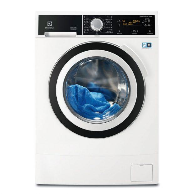 Electrolux DualCare™ EWW1697BWD, pračka se sušičkou, energetická třída A, kapacita bubnu 9 kg, kapacita sušičky 6 kg, programy pro každý druh tkaniny, včetně vlny a jemného prádla, přibližná roční spotřeba vody při praní a sušení 20 400 l, při praní 11 400 l, 22 341 Kč.