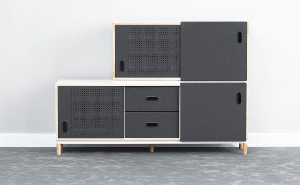 Jednoduchá a všestranná skříň Kabino navržená Simonem Legaldem pro Normann Copenhagen je univerzální kus nábytku, který využijete prakticky na cokoli – jako televizní stolek, komodu na šaty, drobnosti… A když odstraníte nohy, můžete na sebe jednotlivé moduly skládat. FOTO NORMANN COPENHAGEN