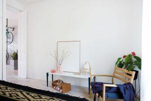 V obou ložnicích i denní části zvolili architekti dubovou podlahu, což prostor sjednocuje. FOTO ROBERTO RUIZ, WWW.ROBERTORUIZ.EU UIZ.EU