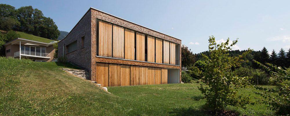 Skvělé řešení na uzavření teras: Dům s pohyblivými zástěnami