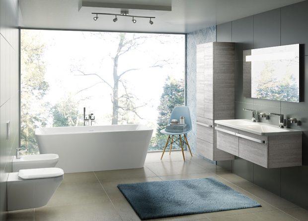 Něžné, čisté linie amódní odstíny koupelnového nábytku fungují harmonicky adotvářejí atmosféru vaší koupelny. Kolekce Tonic II obsahuje vodovodní baterie, nábytková umyvadla, umyvadla na desku ivelký výběr van. FOTO IDEAL STANDARD