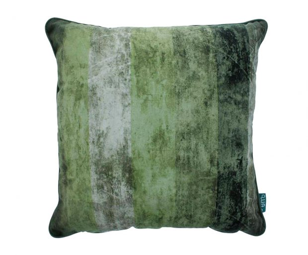 Polštář Velvet green, 45 x 45 cm, syntetika, 429 Kč, www.westwing.cz
