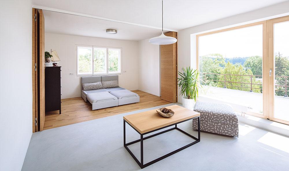 Střešní byt, který se mění podle potřeb majitelů