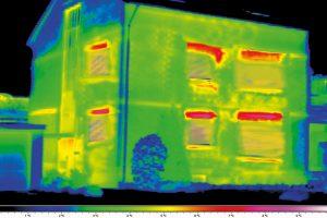 Tepelna-ztrata-u-neizolovane-budovy-je-zhruba-50%