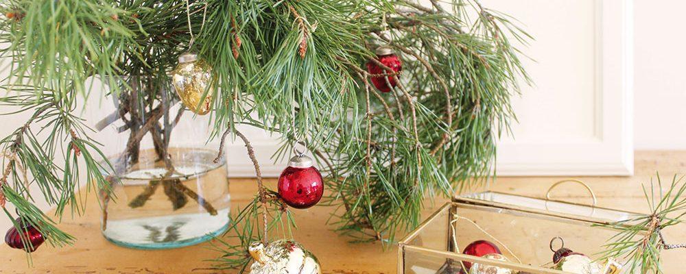 Vyrobte si vánoční věnec na dveře