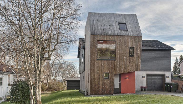 Odvážné rozšíření rodinného domu, které okolí přijalo rozpačitě