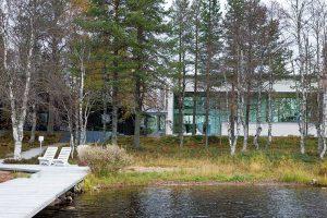 Unikátní dům na břehu jezera