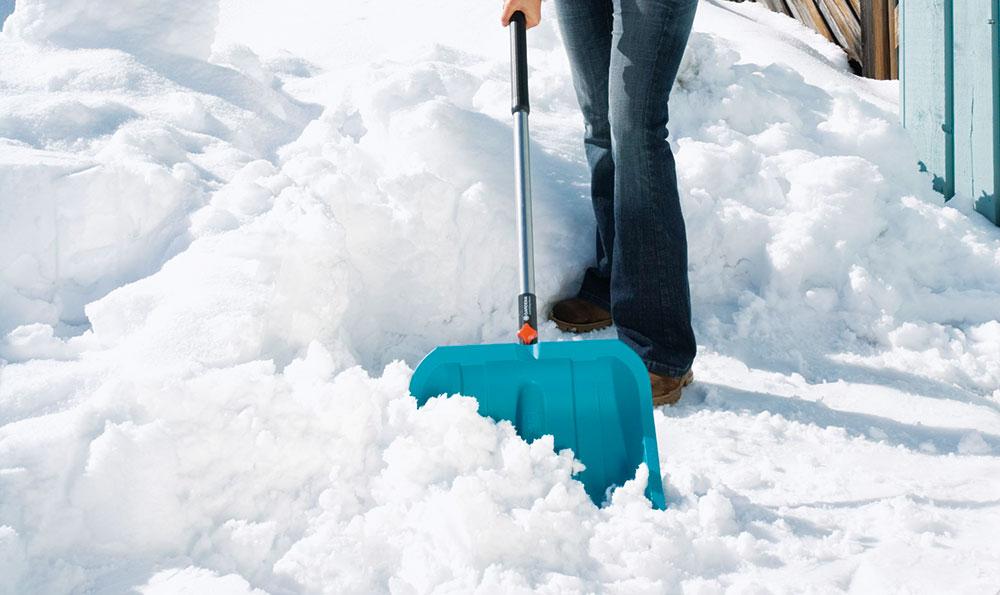 Frézy, shrnovače a lopaty na sníh: Připravte se na zimní záplavu sněhu
