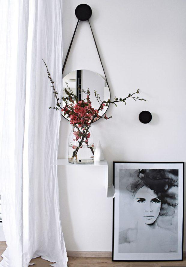 Detaily, na kterých si majitelka dává ráda záležet, jsou minimalistické, ale zároveň velmi nápadité aefektní. FOTO KLÁRA DAVIDOVÁ