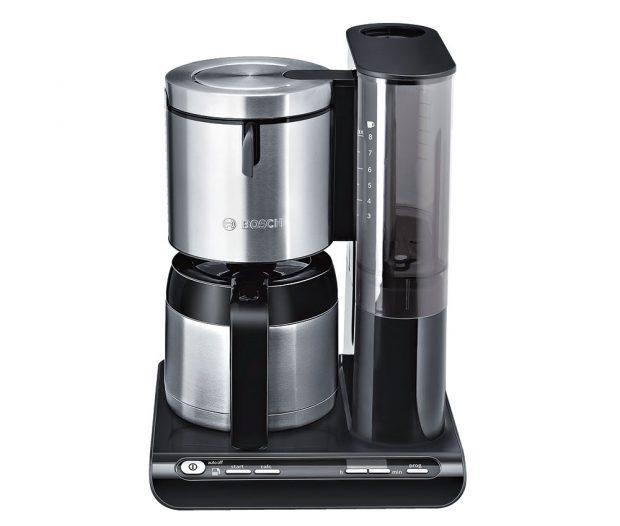 Bosch Styline, termokávovar pro 8 šálků, objem 1 l, příkon 1100 W, automatická volba množství kávy, regulace audržení teploty, hodiny spamětí ačasovou funkcí, zastavení kapání, 3 490 Kč, www.bosch-home.com/cz