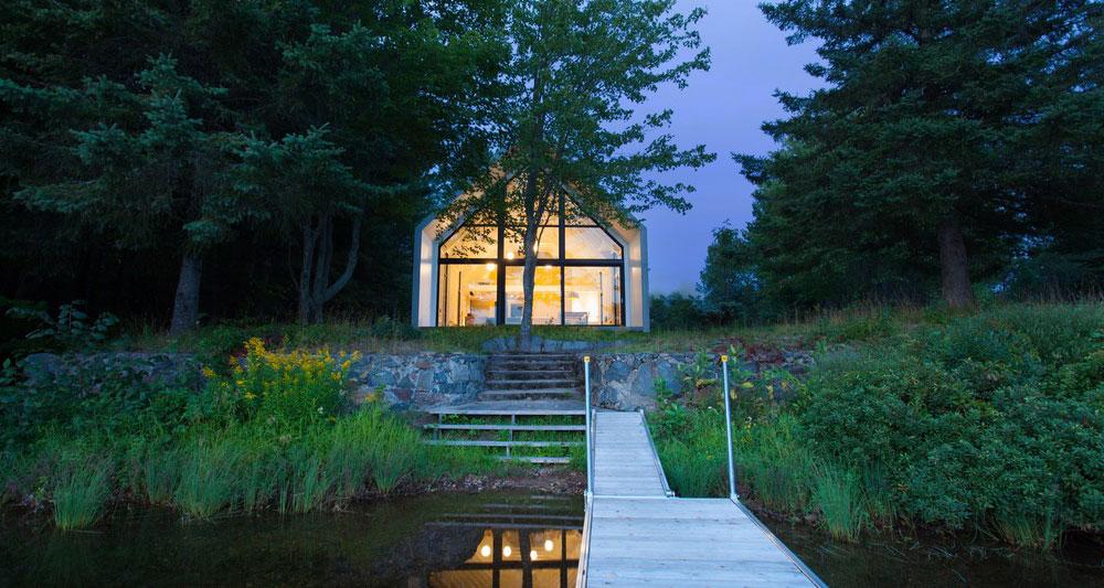 Klidné bydlení na břehu jezera: Co víc potřebujete k dokonalému odpočinku?