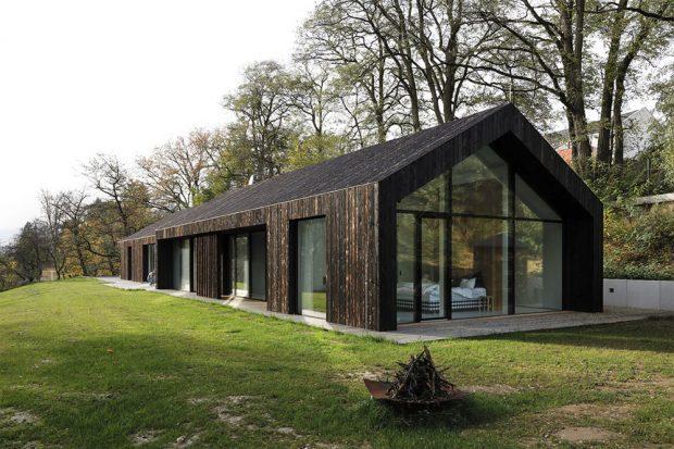 RD Neveklov, soutěžící ATELIER KUNC architects, s.r.o.; Vítěz odborné poroty v kategorii Moderní dřevostavby – realizace