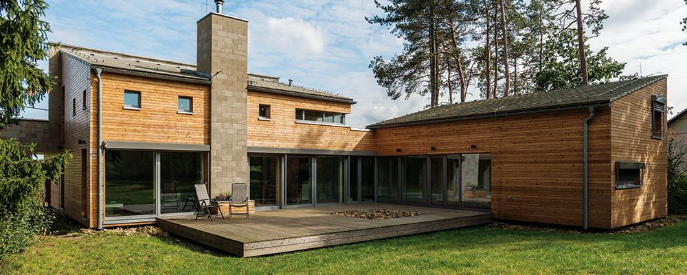 Kam kráčí dřevěné stavby a čím okouzlují své spokojené uživatele?