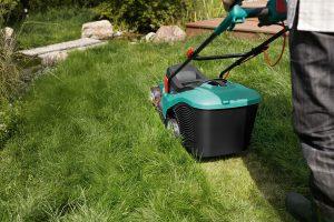 Jak vybrat tu nejlepší sekačku na trávu