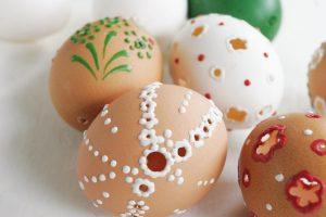 Jak originálně nazdobit velikonoční vajíčka