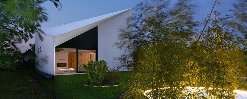 Jedinečný dvoupodlažní dům ze Slovenska