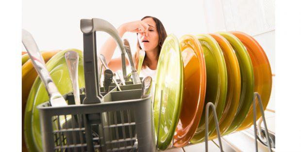 Nejjednodušší způsob, jak vyčistit myčku (VIDEO)