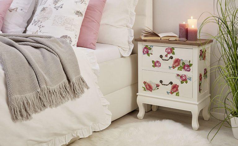 Jak zkrášlit nábytek ubrouskovou technikou