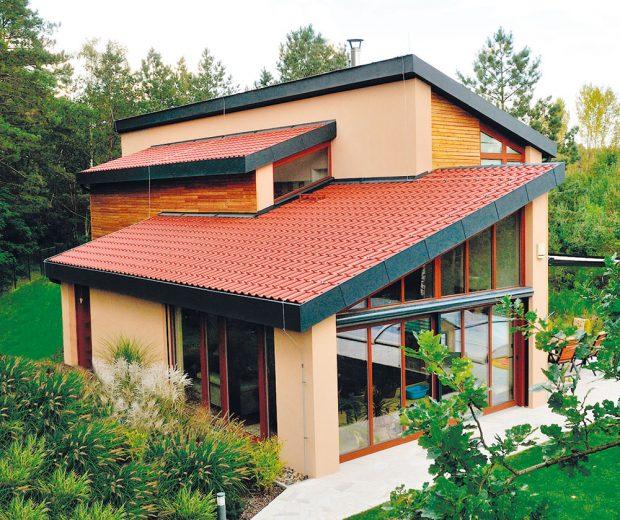 Střešní krytina Bramac je skvělým řešením i na velmi členité střeše.