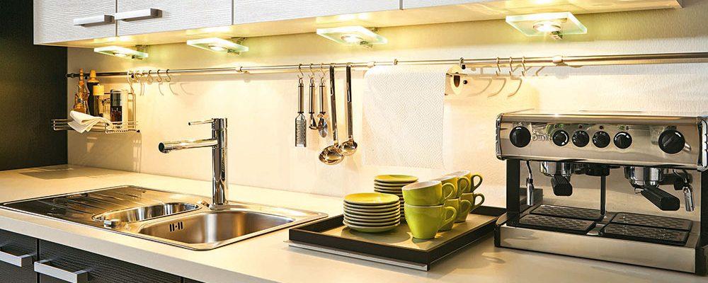 Renovujete kuchyň? Těchto 5 věcí vám pomůže a ušetří nervy