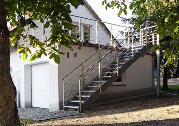 Realizace venkovního schodiště INDUSTRY od J.A.P.